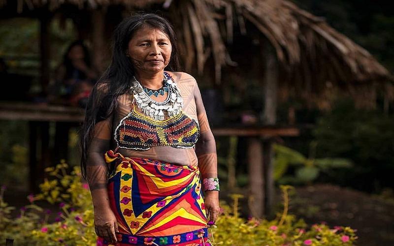 Mujerer de la Comunidad Emberá-Wounaan