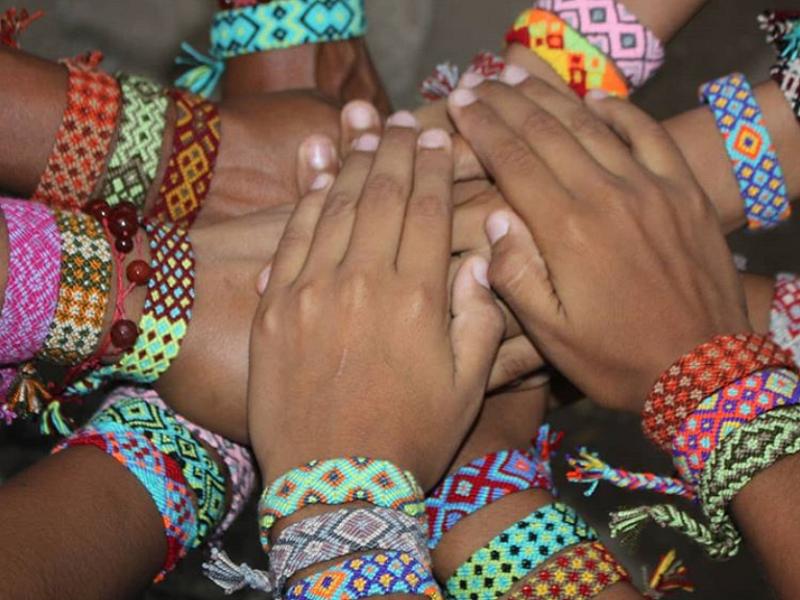 artesanias colombianas manillas