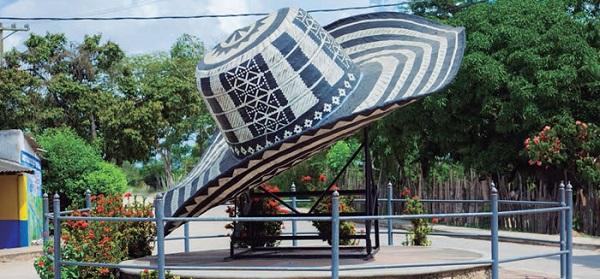 Monumento del Sombrero Volteado